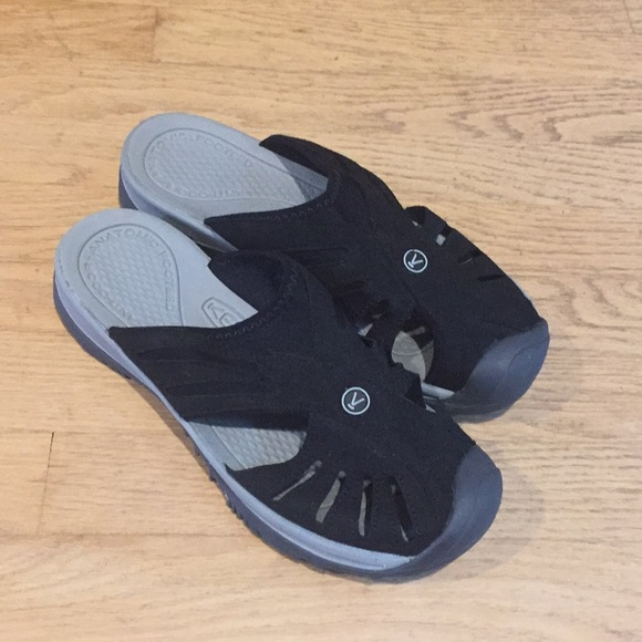7ae811c3fdd Keen Shoes - Keen Women s Size 11  Rose  Slide Sandals